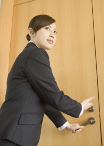 焦りは禁物!転職で気を付けるべき3つのポイント(20代女性)